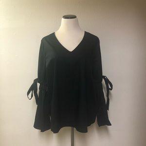Who What Wear Plus Sz XXL Black Bell Sleeve Top